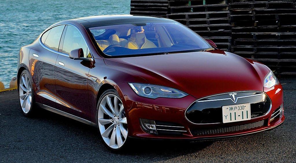 Tesla koopt Bitcoin Over The Counter